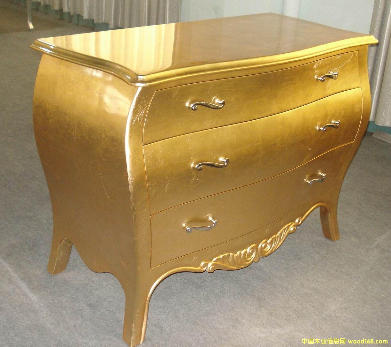金箔雕花妆台