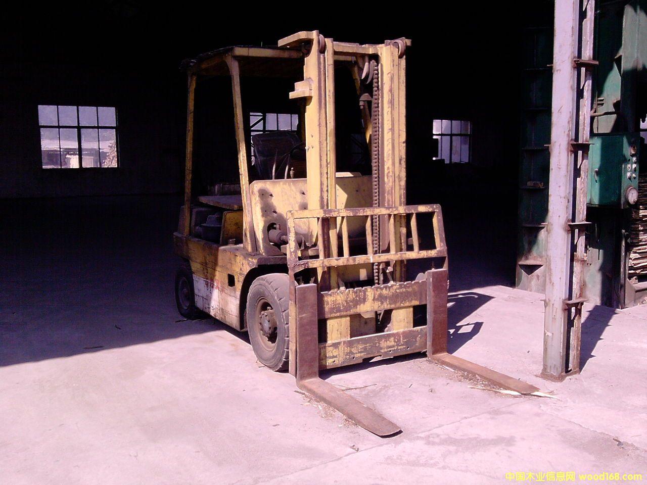 3吨合力叉车