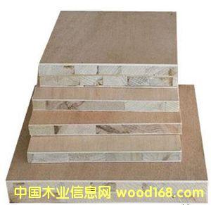 杨木一级细木工板
