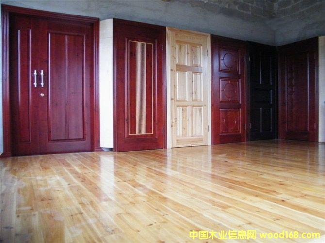 原木门、原木地板