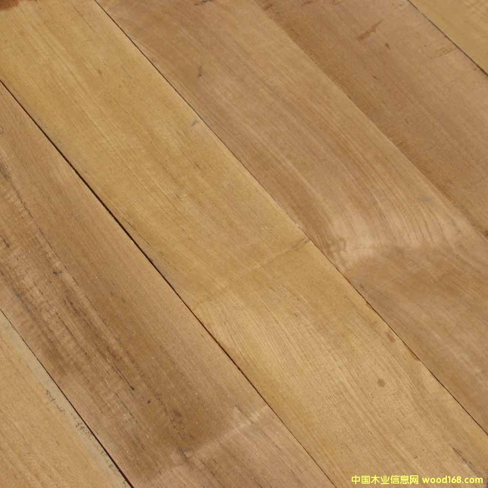 图:柚木地板坯料