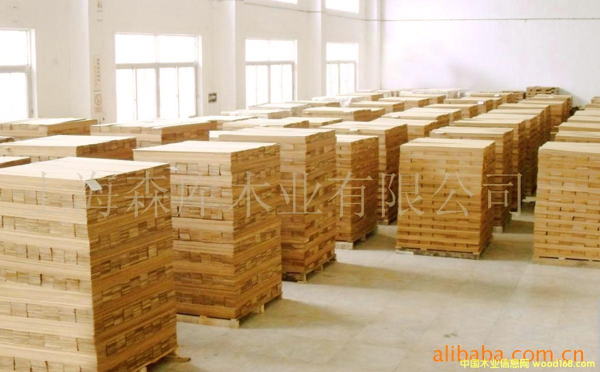 锯切柚木地板木皮