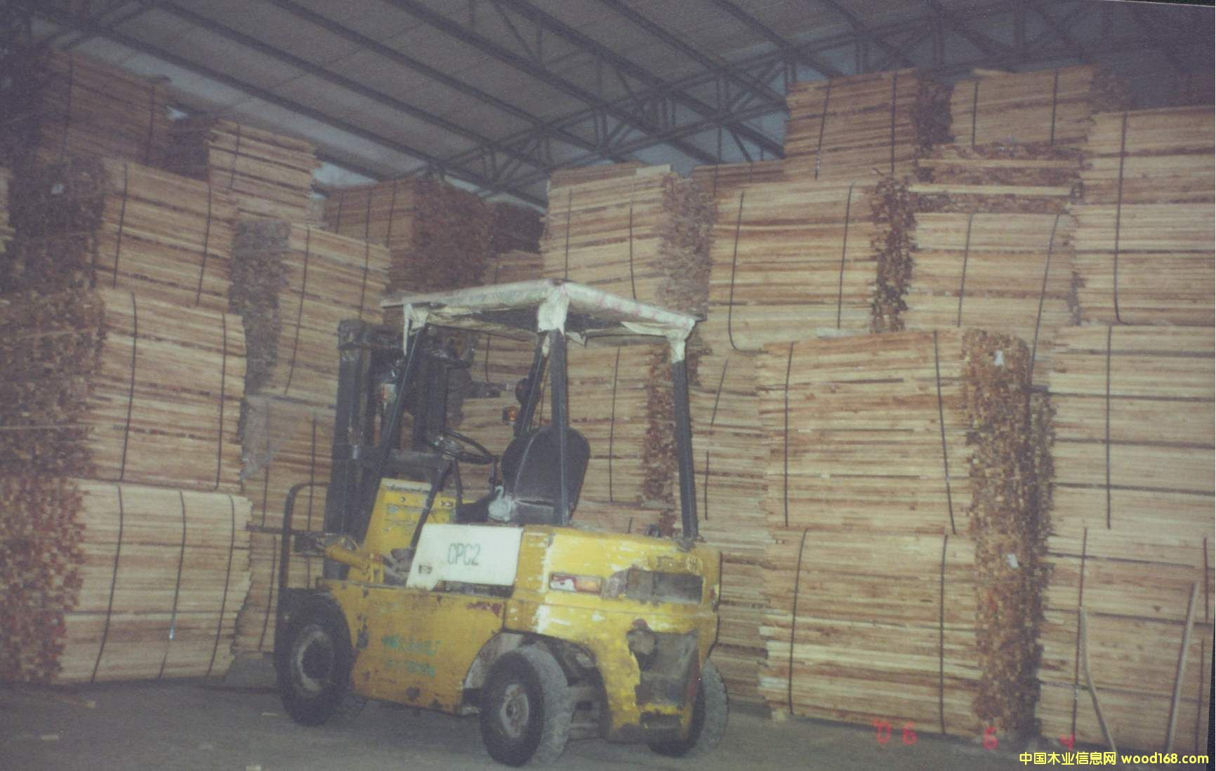 橡胶木片材