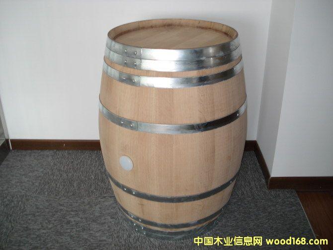 红酒酒桶为什么常用橡木?