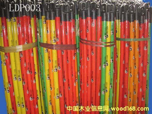 PVC包塑木扫把柄(LDP003)