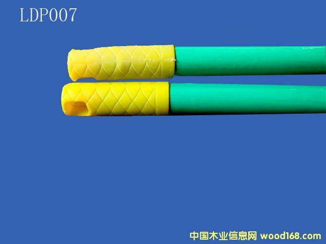 PVC包塑木扫把柄(LDP007)