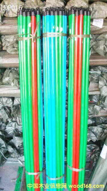 PVC包塑木扫把柄(LDP016)