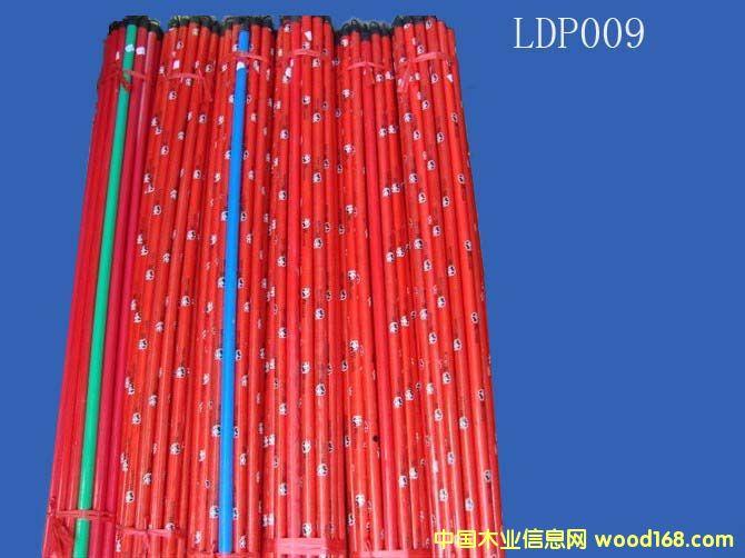 PVC包塑木扫把柄(LDP009)