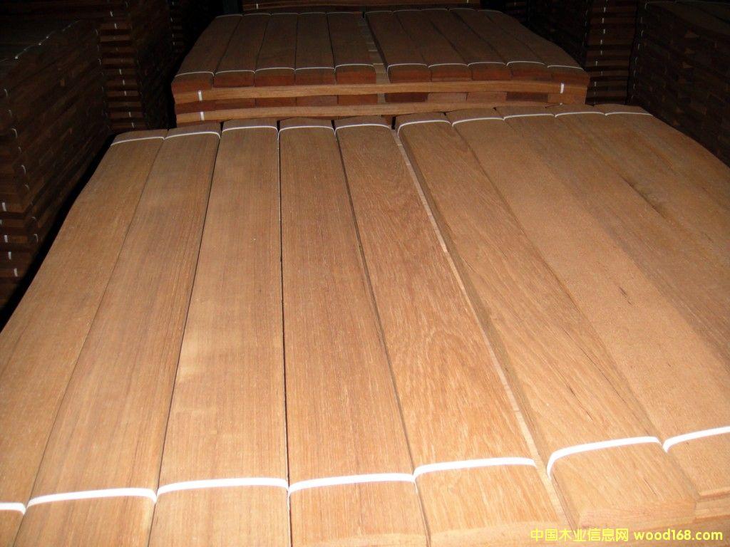柚木王(大美木豆)地板木皮