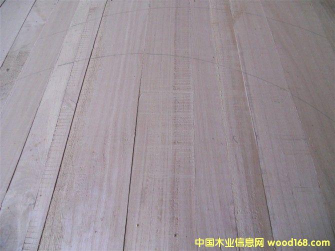 工艺品用的桐木板~没刨光的图片