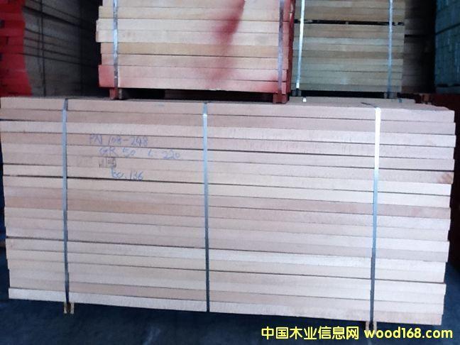 榉木板材.