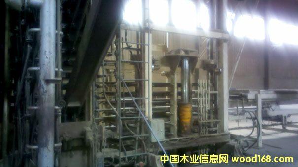 七万立方米刨花板设备的详细介绍