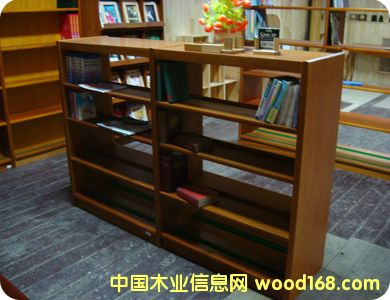 实木书架的详细介绍