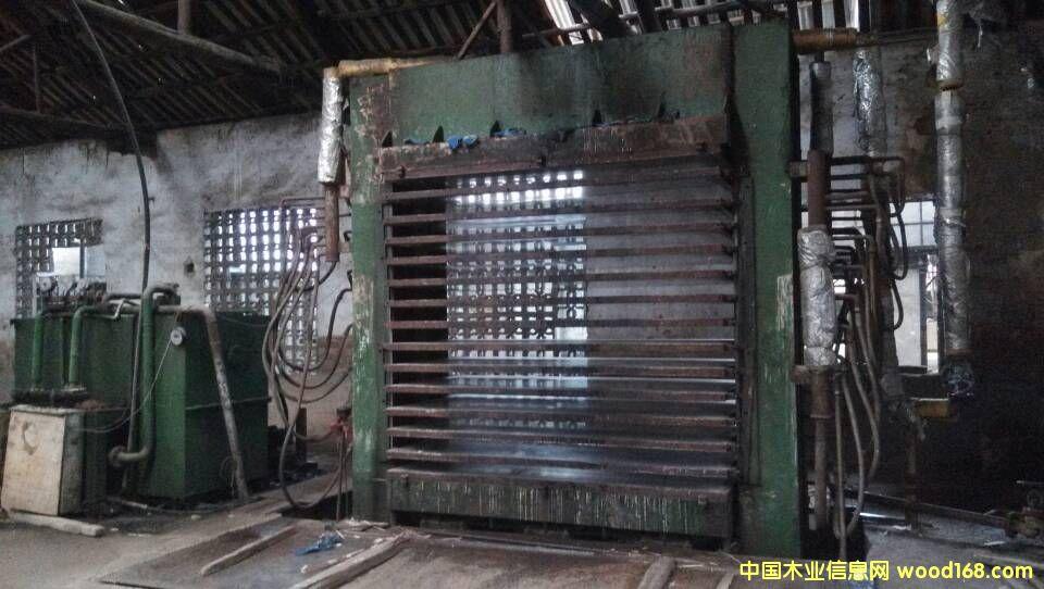 十四层1200吨压机.5