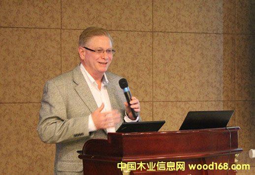 美国西部木材产品协会代表Mr.Frank Stewart