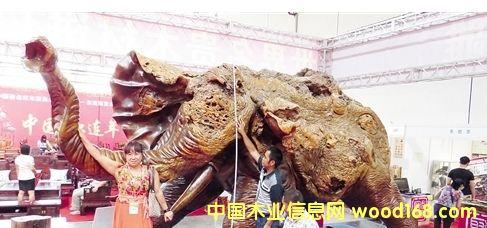 东盟博览会林木展9月25日开展888万元木制大象重磅亮相