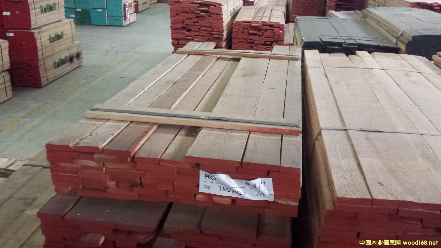 北美森工集团(上海傲世木业) 我公司是专业批发零售美国阔叶木烘干板材的供应商,旗下上海公司-傲世木业,东人木业,现货品种主要有:紅橡木(Red Oak),白橡木(White Oak),硬楓木(Hard Maple),軟楓木(Soft Maple),鵝掌楸(Americantulipwood)太平洋枫木(pc maple),赤楊木(Alder),白腊木(又叫水曲柳Ash),櫻桃木(Cherry)等,公司在上海嘉定区设有大型仓库,每年销售数万立方的板材(300-600个/月柜的储量)。 木料相关参数 : 等级