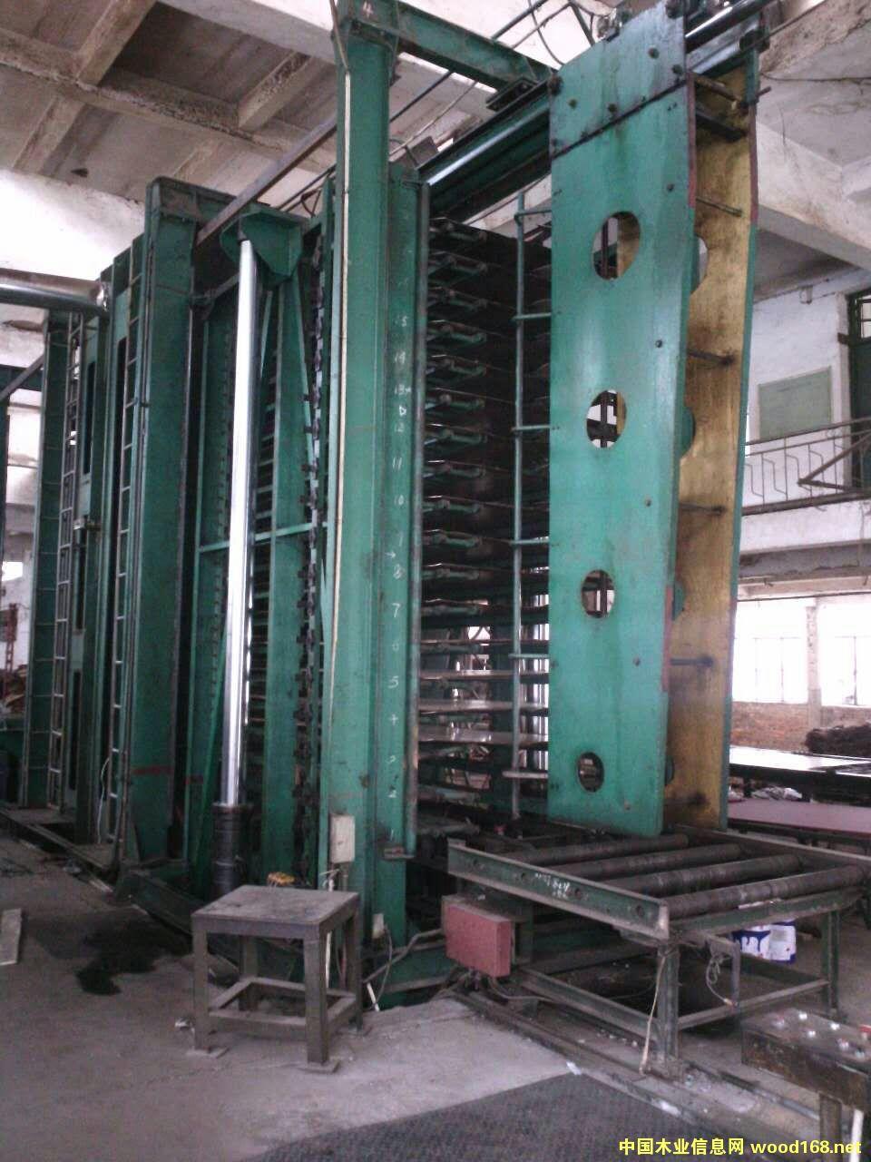 18层重庆江东4*8尺竹胶板热压机