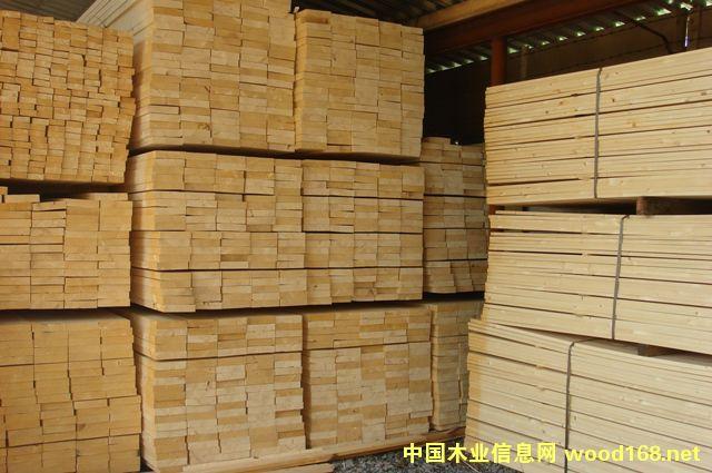 松木板条供应_松木板条价格