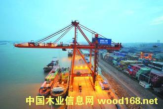 中国木材产业第一港新民洲港将承担中林集团原木进口量的70%