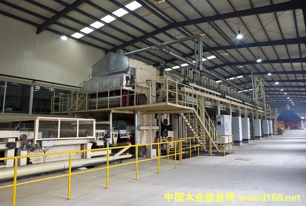 年产15万立方米中、高密度纤维板连续平压生产线