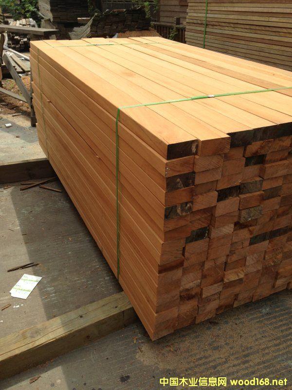 上海最大巴劳木厂家定制加工巴劳户外地板巴劳木板材