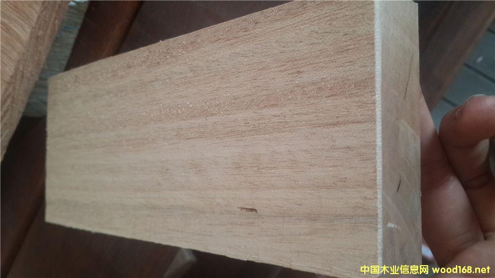 正宗柳桉木、进口木材、户外防腐木地板