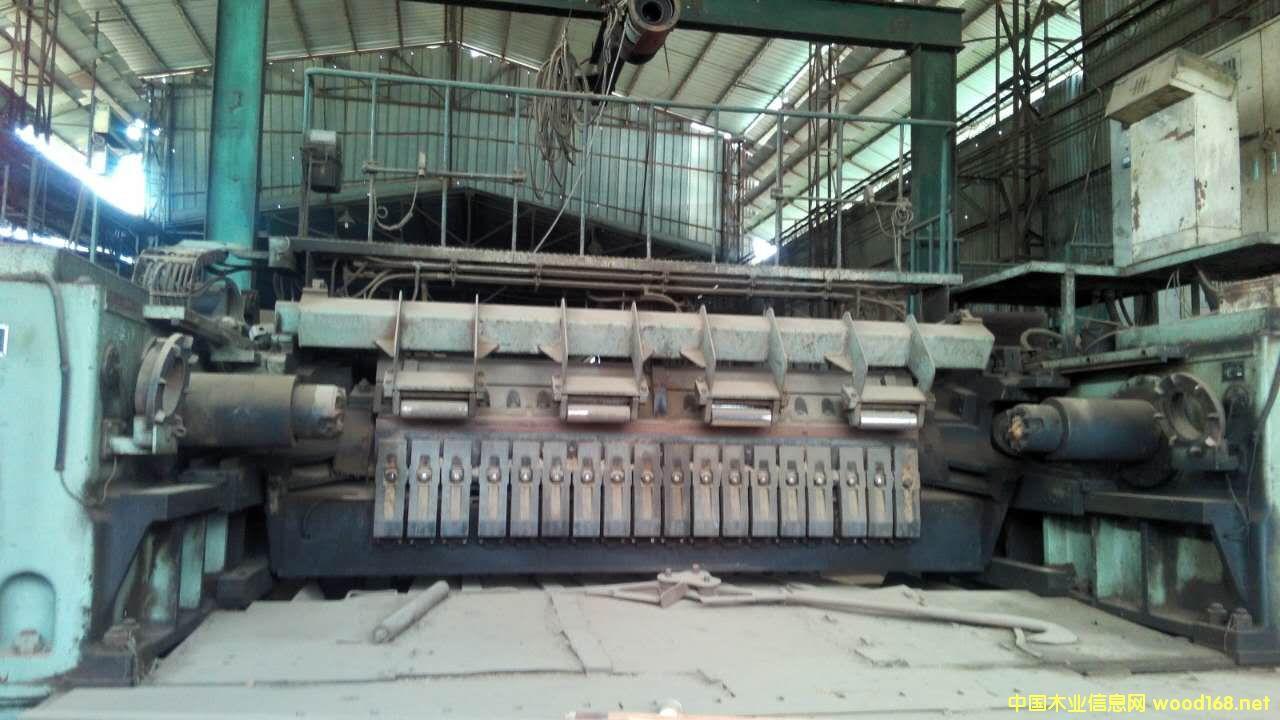 日本太平V27型液压双卡旋切机