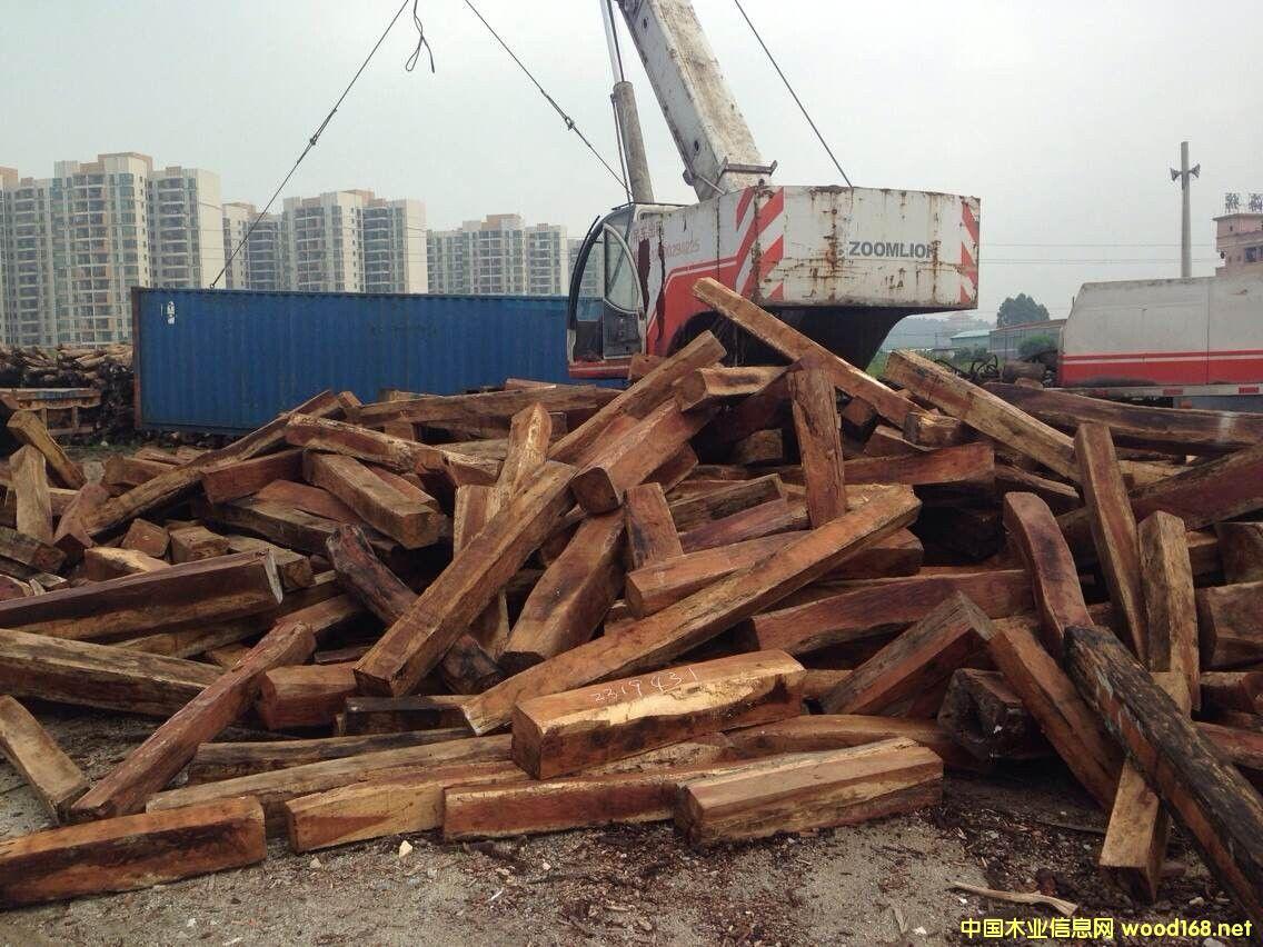 老挝奥氏黄檀进口报关代理