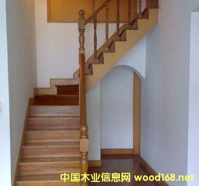 最新实木楼梯、杂木楼梯踏步板价格优惠