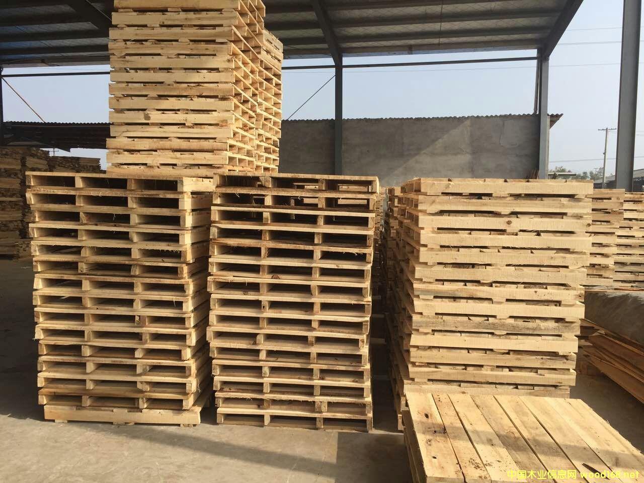 实木托盘、木卡板、叉车叉木卡板、仓库周转卡板批发的详细介绍