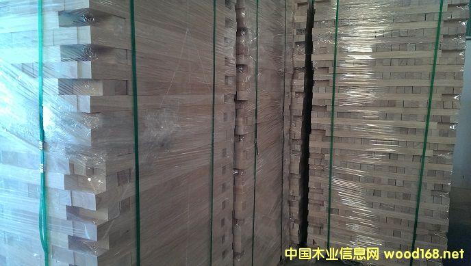 橡胶木楼梯小柱