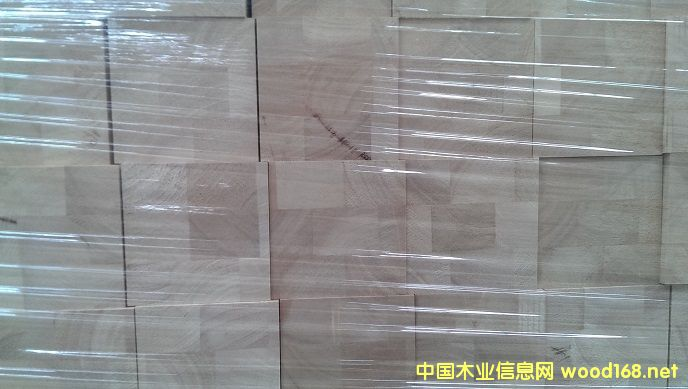 橡胶木楼梯大柱