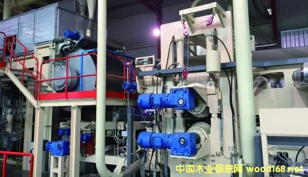 敦化亚联机械购入加拿大便携式人造板连续热压监控系统