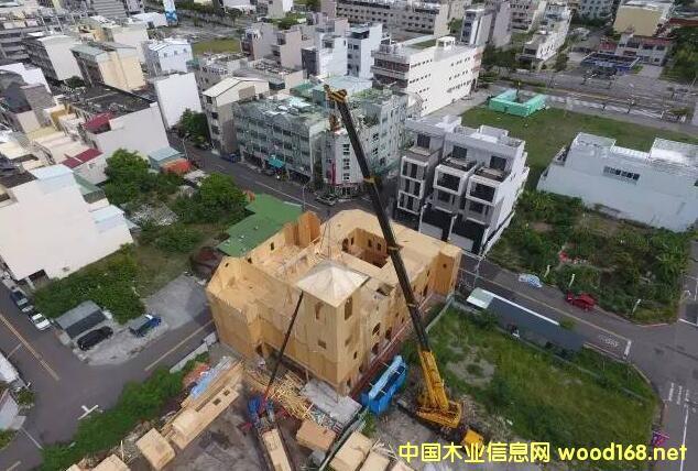CLT-未�矶际懈锩�性的木结构建筑