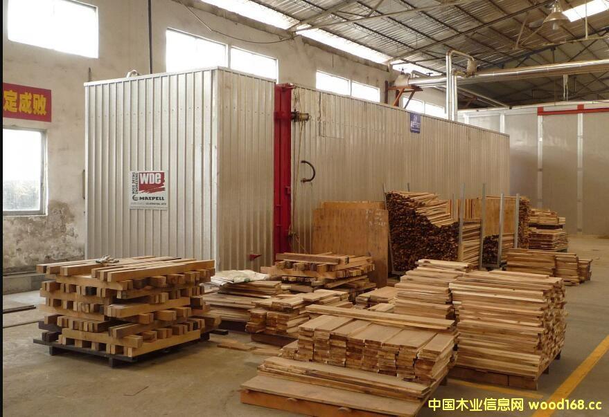 辽宁傲时木业机械公司满负荷生产
