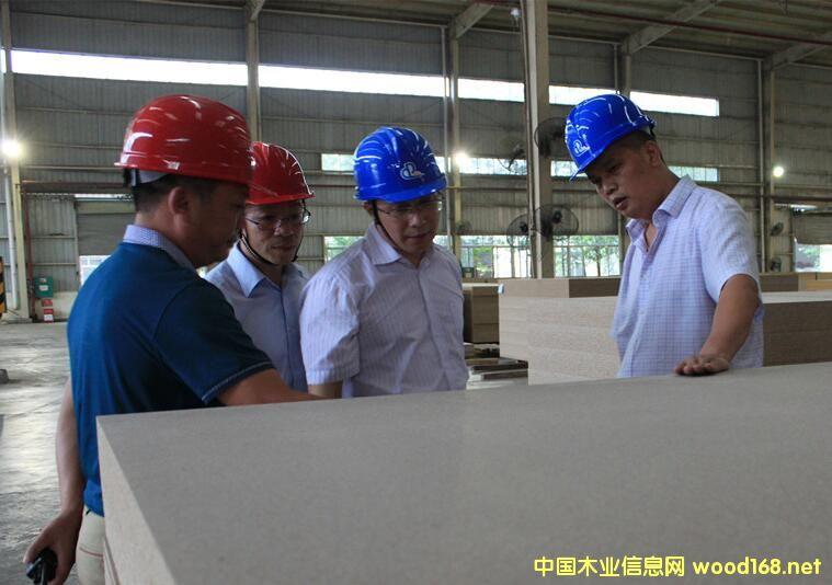 华峰林业集团刨花板产业稳步向好