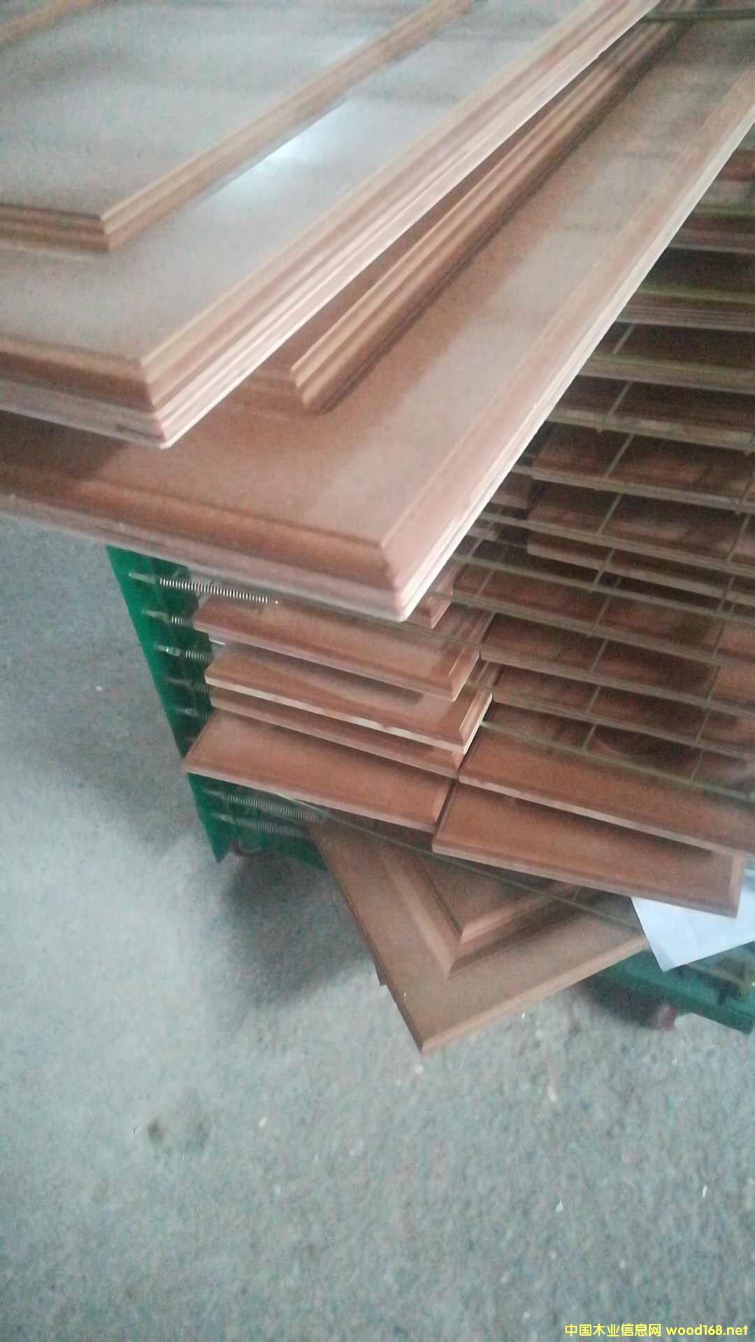 实木复合雕刻板