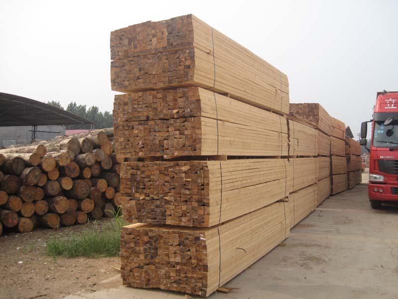 [供] 东莞深圳广州珠海中山供应松木方,建筑木方,工程木方,跳板,建筑模板