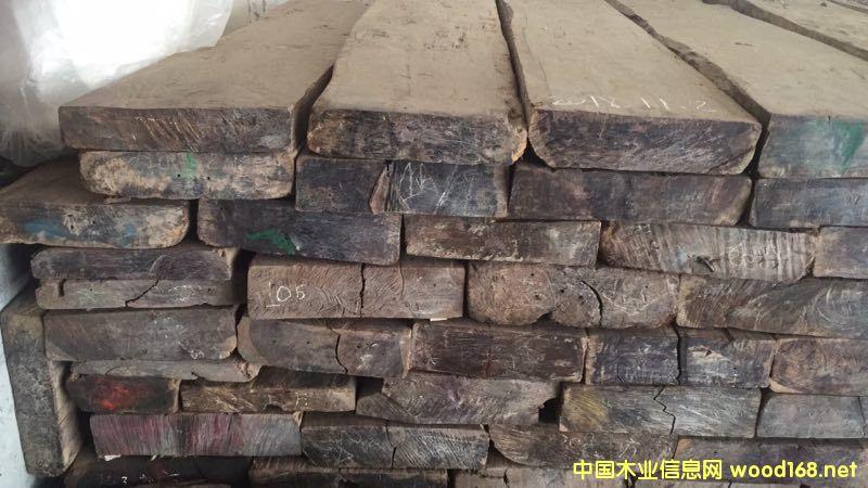 老挝大红酸枝的详细介绍