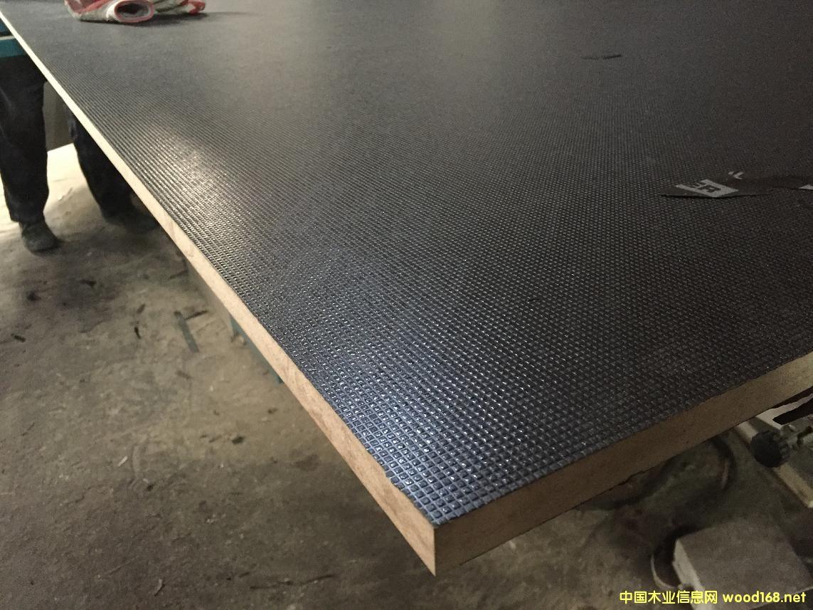 防滑密度板