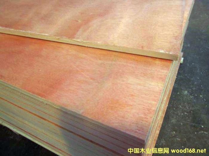 18单层桃花芯细木工板