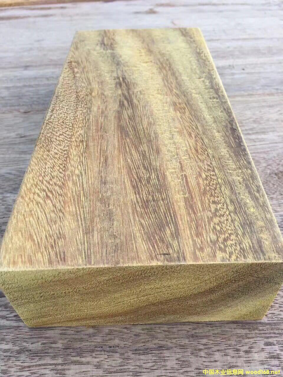 非洲菠萝格板材