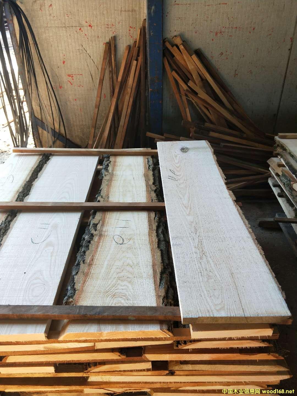 白蜡木板材