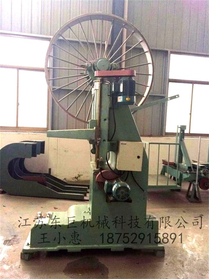 MJ3212B木工跑车带锯机
