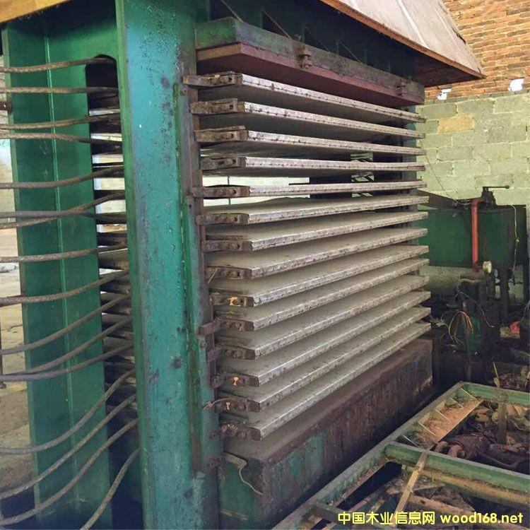 山东荷泽3*6尺十五层小型二手木工板热压板机