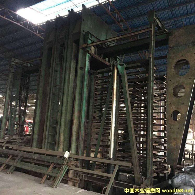 上海人造板机械厂产四八尺十六层二手竹地板热压机