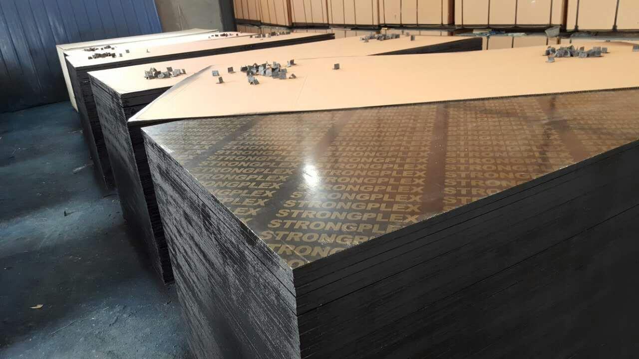 建筑模板的详细介绍