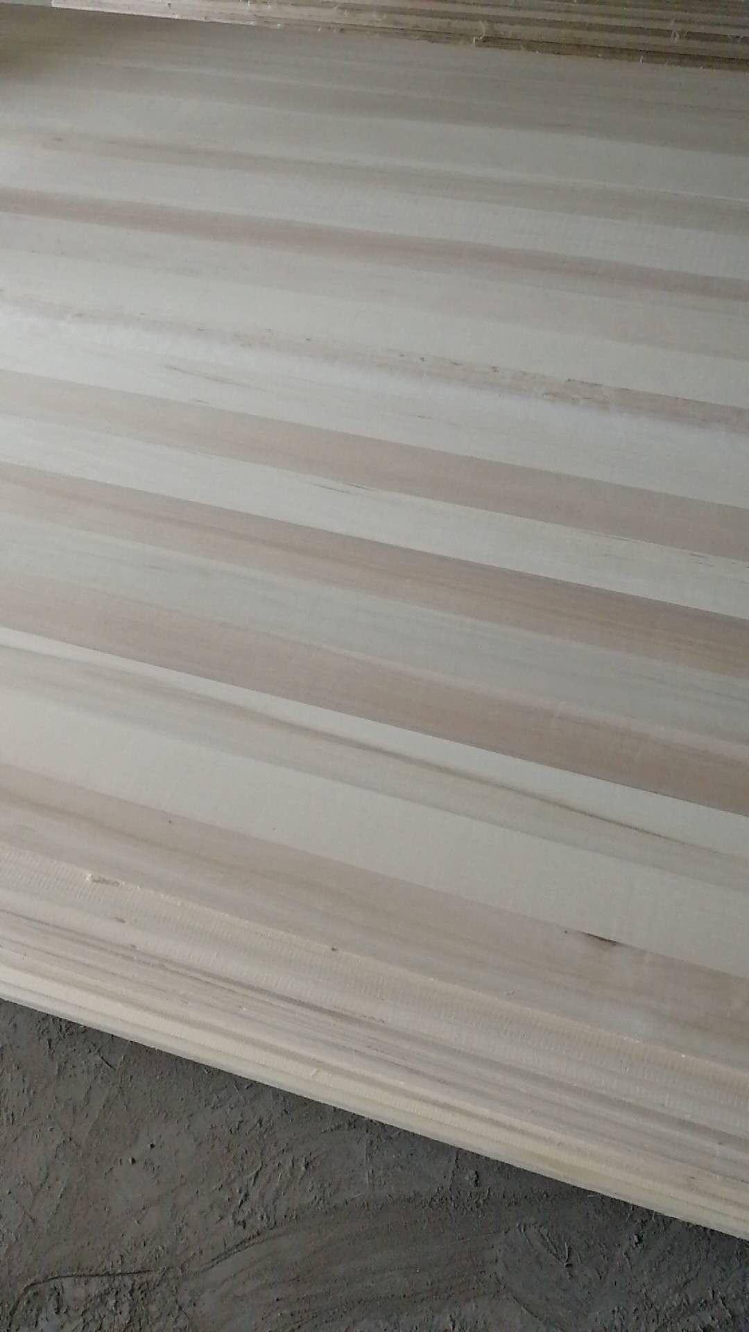 杨木直拼板