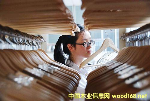 """国家级示范区效应突显 """"中国衣架之都""""木制品出口增长"""